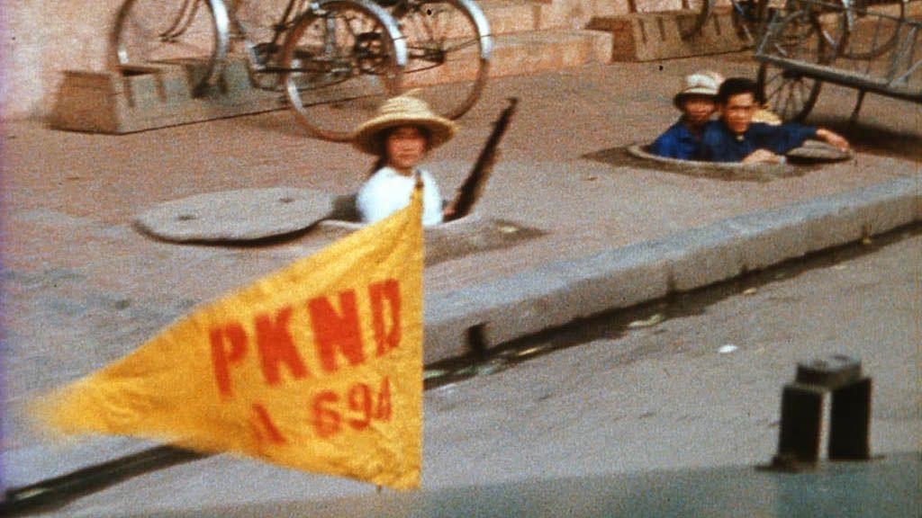 Image de Loin du Vietnam