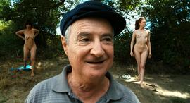 """Image de Pascal Rabaté : """"J'ai appris qu'il s'en passait de belles dans les maisons de retraite..."""""""