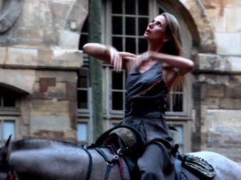 Movie pictures Bartabas et les Amazones de Versailles