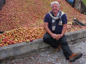 Movie pictures Le Bonheur est dans l'assiette - France : Au Pays basque avec Arnaud Daguin