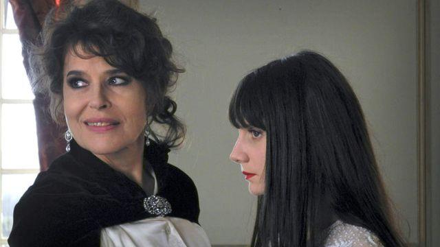 Movie pictures Miroir mon amour